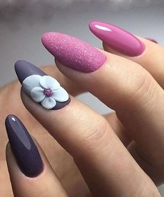 Super Cute Giant Flower Nail Art Designs