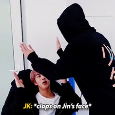 Applause on poor Jin's face