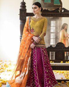 Mehndi Bridals by Zainab Chottani Pakistani Mehndi Dress, Bridal Mehndi Dresses, Walima Dress, Shadi Dresses, Pakistani Formal Dresses, Pakistani Party Wear, Pakistani Wedding Outfits, Pakistani Couture, Bridal Lehenga Choli