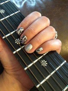 #RhapsodyJN #DiamondDustSparkleJN Shop at https://jamminmomma79.jamberry.com/ #angiesjammies #manicure #naildesign #nailart #nailwraps #nails #diy