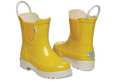 Toms Shoes OFF! Ready for the rainy forecast? Try these really cute TOMS rain boots. Storing Baby Clothes, Cute Baby Clothes, Little Boy Fashion, Toddler Fashion, Kids Rain Boots, Rubber Rain Boots, Fall Shoes, New Shoes, Timberland Heels