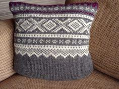 Marius-pute Marius, Crocheting, Knitted Hats, Knit Crochet, Throw Pillows, Knitting, Women, Fashion, Crochet