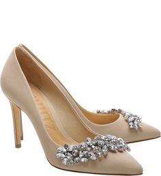 3015 best SAPATOS images on Pinterest in 2018   Shoes sandals ... 962d90f8da