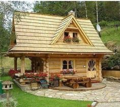 Cute log cabin