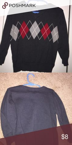 Holiday sweater Gently used, good condition Cherokee Shirts & Tops Sweaters
