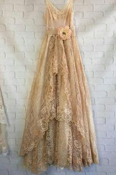 Vintage Outfits, Vintage Dresses, Beautiful Gowns, Beautiful Outfits, Boho Wedding Dress, Wedding Dresses, Lace Wedding, Cute Outfits With Shorts, Grad Dresses