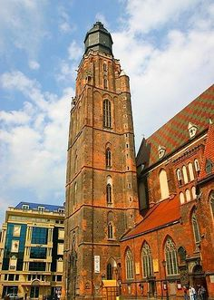 The tower of St. Elizabeth's Church, Wroclaw, Poalnd : http://www.carrentalwroclawairport.com