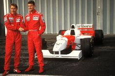 This cool video showcases the moment former team mates Mika Hakkinen and David Coulthard were reunited with some of the champion Formula 1 racing chariots of the past. Mclaren Mercedes, Mclaren F1, Mercedes Benz, Formula 1, F1 Motor, Motor Sport, David Coulthard, Johnny Herbert, Roll Cage