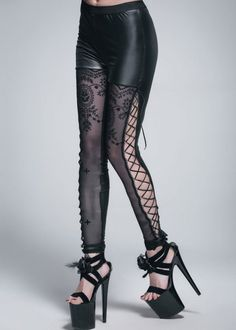 These pants are legit the best thing I ve seen all week!! Ropa 580b4c5a9782