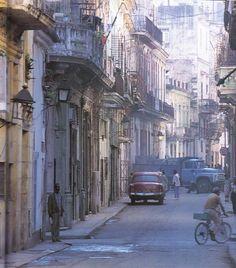 Calle de La Habana. #Cuba
