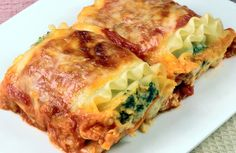 Low-Fat Spinach Lasagna Recipe via @SparkPeople *Would add more fresh herbs/seasonings