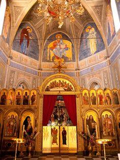 Cargèse, Corsica ~ Greek church interior Christian Church, Christian Art, Corsica, Church Interior Design, Greek Culture, Byzantine Art, Church Architecture, Cathedral Church, Orthodox Icons