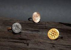 Αποτέλεσμα εικόνας για τερεζα δαμιανιδου art jewelry Human Body, Jewelry Art, Stud Earrings, Texture, Collection, Surface Finish, Stud Earring, Earring Studs, Pattern