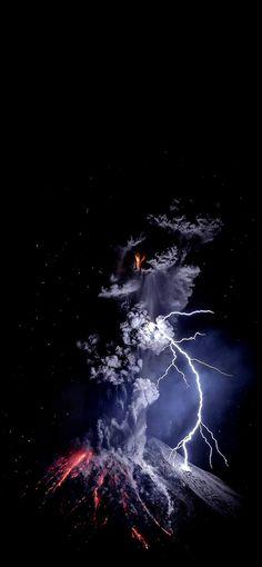 Volcanic Explosion - AddictiveTips