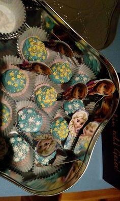 """Cake Pops """"Elsa&Anna"""""""