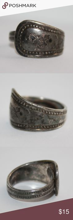 Vintage spoon wrap ring Scorpio size 8 Really cool spoon wrap ring with a scorpion etched into it.  size 8.  Buy from me with confidence! I have sold over 500 items with a 5 star rating! If you have any questions, do not hesitate to ask.  Looking at a few things in my shop? Put a bundle together, comment on an item that you are ready to check out and let me send you an even better offer!  Thank you for visiting :) Free gifts with every purchase! Jewelry Rings