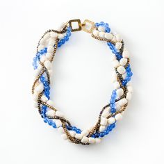 Paka Necklace ($64) - This bold necklace is handmade by deaf women in Kenya from glass beads & locally harvested bone.