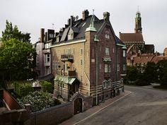 Für eine Gesellschaft, die die Welt zum Zuhause erklärt, müssen auch Hotels Gemütlichkeit ausstrahlen. Das klappt im Fall vom «Ett Hem» in Stockholm bestimmt.