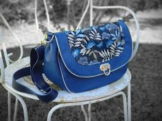 Boutique Etsy, Artisanal, Saddle Bags, Fabric, Fashion, Retro Pattern, Wallet, Lobster Clasp, Tejido