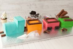 This cute train cake is assembled using store bought cake, and if you like, store bought frosting. Trains Birthday Party, Baby Birthday Cakes, Train Party, 2nd Birthday, Pirate Party, Birthday Ideas, Paul Cakes, Thomas Cakes, Store Bought Frosting