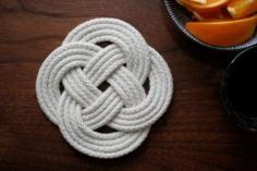 DIY Tutorial DIY Nautical Rope / DIY Rope knot bookend - Bead&Cord
