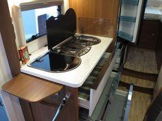 Raema Caravans - LMC Cruiser Sportline T662G