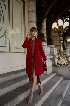 Fashion Tips – Best Fashion Advice of All Time Red Coat Outfit, Coat Dress, Fall Outfits, Fashion Outfits, Womens Fashion, Fashion Tips, Fashion Trends, Workwear Fashion, Fashion 2018