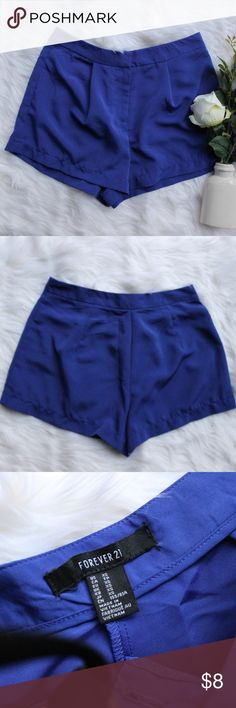 •F21 Royal Blue Shorts• Forever 21 Light Weight Royal Blue Shorts. Pair perfectly with a white tank or tee for a causal look or dress them up for a dinner date with the gals.   →Size: XS →Great condition →Front Zip & button closure  →No trades(comments will politely be ignored). →15% off 2+ items 💕 Forever 21 Shorts