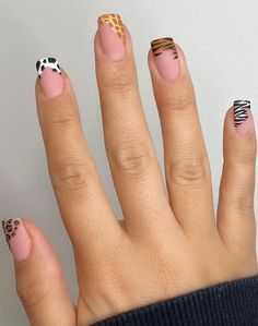 Cute Gel Nails, Edgy Nails, Grunge Nails, Funky Nails, Pretty Nails, Minimalist Nails, Nail Swag, Leopard Print Nails, Leopard Spots