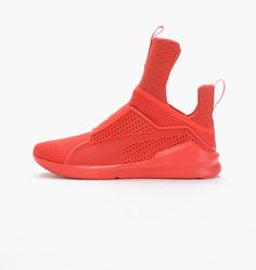 puma-fierce-fenty-by-rihanna-189193-03-red (4)