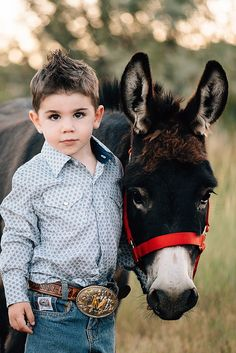 Cowboy Girl, Little Cowboy, Little Boys, Country Kids Photography, Cute Babies Photography, Family Photography, Cute Outfits For Kids, Cute Kids, Cute N Country