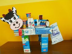 Kravička - Deň mlieka Kid Friendly Art, Harvest Farm, New Classroom, Teaching Kids, Kindergarten, Preschool, Arts And Crafts, Student, Education
