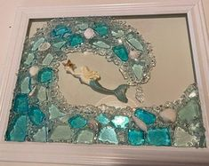 Sea Glass Mosaic, Sea Glass Art, Sea Glass Crafts, Shell Crafts, Mermaid Wall Decor, Seashell Projects, Broken Glass Art, Diy Resin Art, Mermaid Beach