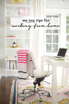 "Pretty Home Office Design. ""I've worked for myself, from home, for nearly five years. In the beginning, it wasnt pretty. Bureau Design, Work From Home Tips, Office Organization, Home Hacks, My New Room, Office Decor, Office Setup, Office Chairs, Office Ideas"