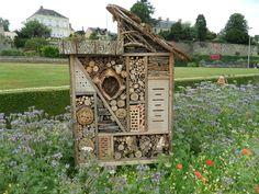 idea for bee hotel