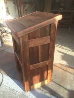 Tahoe Rustic Rentals - Reclaimed Wood Podium