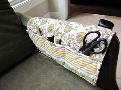 Tutorial: Armchair sewing caddy made from a placemat · Sewing | CraftGossip.com