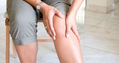 Watch This Video Proven Homemade Remedies for Arthritis and Joint Pain Ideas. Staggering Homemade Remedies for Arthritis and Joint Pain Ideas. Varicose Vein Remedy, Varicose Veins, Sore Knees, Aching Knees, Tendinitis, Le Psoriasis, Knee Osteoarthritis, Body Joints, Restless Leg Syndrome