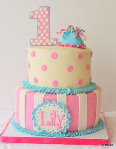 First birthday cake - girl