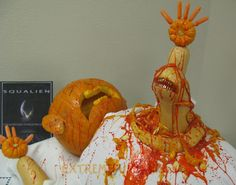 Aliens Pumpkin.. Click the link for a plethora of Halloween ideas of all kinds !!!