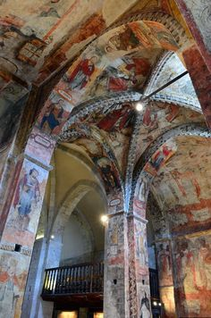 Romanesque painting in Salardú church Barcelona, Places In Spain, Cathedral Church, Romanesque, Pyrenees, Places Ive Been, Tower, Cathedrals, Landscape