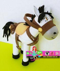 Beautiful Dolls, Tigger, Diy And Crafts, Polymer Clay, Kids, Handmade, Decorated Bottles, Farm Party, Handmade Art Dolls