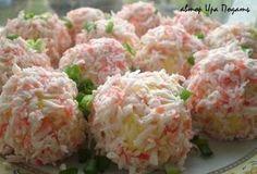 Slané ,,RAFFAELLO,, kuličky z krabích tyčinek, taveného sýra, vařených vajíček, ...