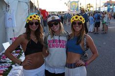 Festy Bestys :) #festybesty #flowerhalo #flowercrown #flowerheadband #flower #hangoutfest #hangout