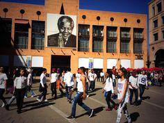Flash mob on @NelsonMandelaSq for #67Blankets! pic.twitter.com/t8QAWqDPK7