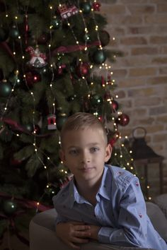 Xmas, Christmas Tree, Christmas Photos, Photoshoot, In This Moment, Holiday Decor, Teal Christmas Tree, Xmas Pics, Christmas Pics