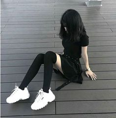 At Fashion Outfit - Home Edgy Outfits, Mode Outfits, Korean Outfits, Grunge Outfits, Grunge Fashion, Girl Outfits, Fashion Outfits, Ulzzang Fashion, Asian Fashion