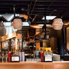 Never gets old. Seeing your work dispersed about a city like this. GrainLights spotted. @boxerramen Thank you for all your support! #pdx #grainlights #madetoorder #restaurantdesign #interiordesign #lightdesign #textured #wooden #pendant #lights  #shades #led #lightlite