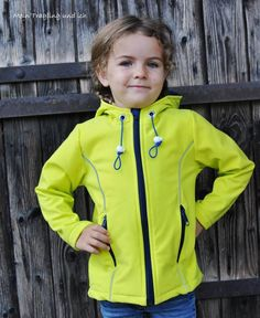 Schnittmuster / Ebook lillesol basics Softshelljacke / Nähen Jacke / sewing pattern Softshell jacket (Diy Shirts No Sew) Diy Shirts No Sew, Jacket Pattern, Sewing For Kids, Boys Shirts, Toddler Outfits, Dressmaking, Toddler Boys, Hooded Jacket, Windbreaker