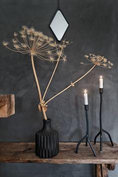 Interior Design For Living Room Dark Interiors, Shop Interiors, Natural Interior, Boho Home, Home And Deco, Candlesticks, Interior Design Living Room, Home And Living, Vases